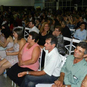 24/02 - FORMANDOS DA FATEP RECEBERAM DIPLOMAS EM SESSÃO SOLENE - FOTO 3