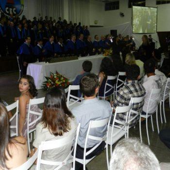 24/02 - FORMANDOS DA FATEP RECEBERAM DIPLOMAS EM SESSÃO SOLENE - FOTO 4