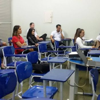 15/12/2014 - GALERIA - ALUNOS DE RH DA FATEP APRESENTAM TCC - FOTO 8