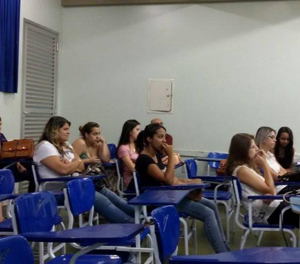 15/12/2014 – GALERIA – Alunos de RH da Fatep apresentam TCC