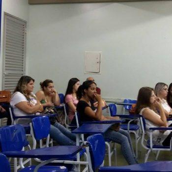 15/12/2014 - GALERIA - ALUNOS DE RH DA FATEP APRESENTAM TCC - FOTO 12