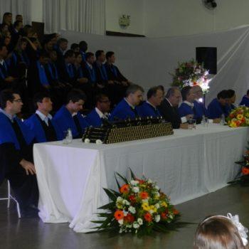 24/02 - FORMANDOS DA FATEP RECEBERAM DIPLOMAS EM SESSÃO SOLENE - FOTO 11