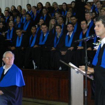 24/02 - FORMANDOS DA FATEP RECEBERAM DIPLOMAS EM SESSÃO SOLENE - FOTO 13