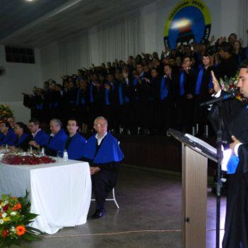 24/02 - FORMANDOS DA FATEP RECEBERAM DIPLOMAS EM SESSÃO SOLENE - FOTO 15