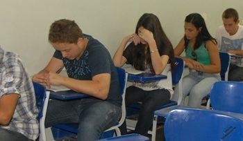03/11/2014 - GALERIA - FATEP DIVULGA APROVADOS AMANHÃ (4) - FOTO 6