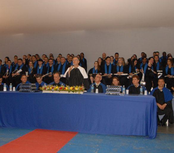 21/12/2015 – Fatep realiza sessão solene
