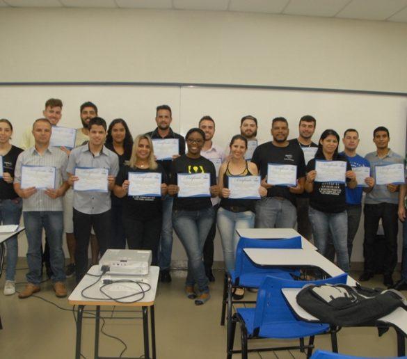 COBERTURA FOTOGRÁFICA – Entrega de certificados parciais do curso Gestão da Qualidade