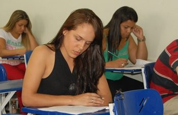 03/11/2014 - GALERIA - FATEP DIVULGA APROVADOS AMANHÃ (4) - FOTO 7