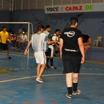 02/12/2014 - CAMPEONATO DE FUTSAL MARCA INÍCIO DAS CONFRATERNIZAÇÕES DA FATEP - FOTO 4