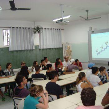 12/06/2015 - FATEP PROMOVE CICLO DE PALESTRAS EM INSTITUIÇÕES E ESCOLAS DE PIRACICABA E REGIÃO - FOTO 1