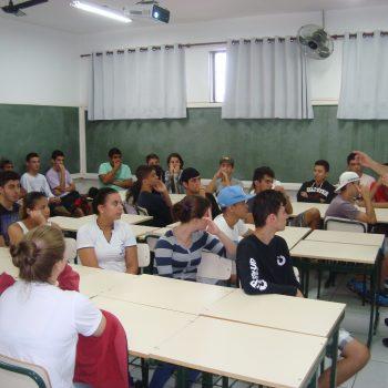 12/06/2015 - FATEP PROMOVE CICLO DE PALESTRAS EM INSTITUIÇÕES E ESCOLAS DE PIRACICABA E REGIÃO - FOTO 2