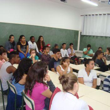 12/06/2015 - FATEP PROMOVE CICLO DE PALESTRAS EM INSTITUIÇÕES E ESCOLAS DE PIRACICABA E REGIÃO - FOTO 3