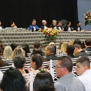 18/02/2014 - FATEP REALIZA COLAÇÃO DE GRAU DE 135 ALUNOS - FOTO 2