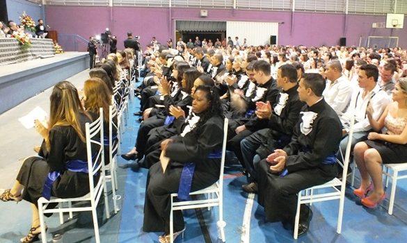 18/02/2014 – Fatep realiza colação de grau de 135 alunos
