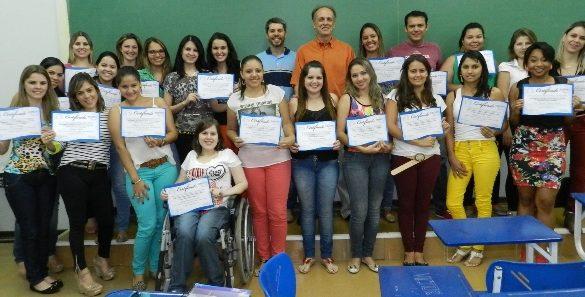 31/10/2014 – GALERIA – Fatep entrega certificados parciais a alunos de Recursos Humanos