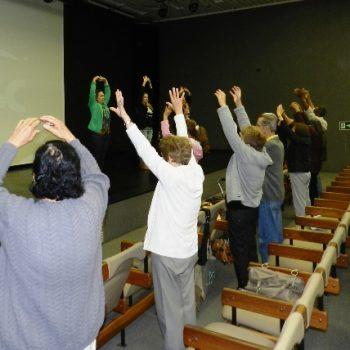 12/11/2013 - COMEMORAÇÕES DOS 10 ANOS CONTAM COM PARTICIPAÇÃO DA TERCEIRA IDADE DA FATEP - FOTO 2