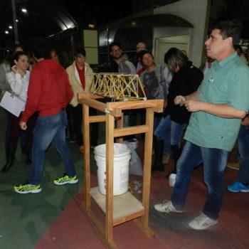 16-06-2016-ALUNOS PARTICIPAM DO DESAFIO PONTE DE MACARRÃO DA FATEP - FOTO 17