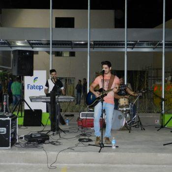 09-08-2016-COM MÚSICA, FATEP RECEBEU ALUNOS NO NOVO CAMPUS - FOTO 7