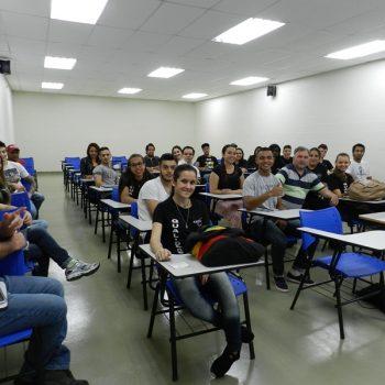 09-08-2016-COM MÚSICA, FATEP RECEBEU ALUNOS NO NOVO CAMPUS - FOTO 26