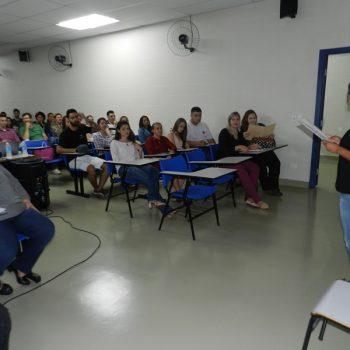 14-10-2016-COBERTURA FOTOGRÁFICA - PALESTRA SOBE TERCEIRIZAÇÃO E ENTREGA DE CERTIFICADOS PARCIAIS - FOTO 6