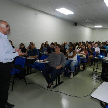 14-10-2016-COBERTURA FOTOGRÁFICA - PALESTRA SOBE TERCEIRIZAÇÃO E ENTREGA DE CERTIFICADOS PARCIAIS - FOTO 10