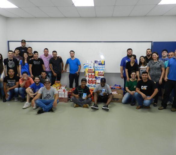 Alunos de Logística da Fatep transformam aula em ação solidária para ajudar o Lar Betel