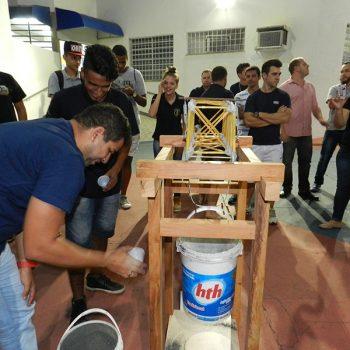 26-11-2015-ALUNOS DE ENGENHARIA CIVIL DA FATEP ENFRENTAM O DESAFIO PONTE DE MACARRÃO - FOTO 15