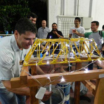 26-11-2015-ALUNOS DE ENGENHARIA CIVIL DA FATEP ENFRENTAM O DESAFIO PONTE DE MACARRÃO - FOTO 30