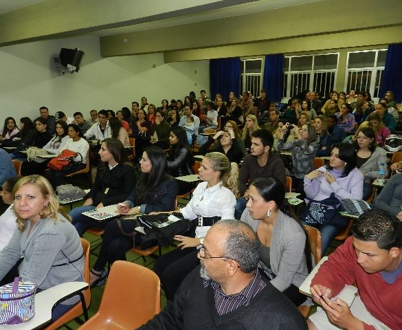 30/09/2014 – Fatep promove palestras sobre o mercado de trabalho em escolas estaduais de Piracicaba e região