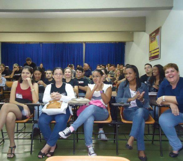 02/05 – Atividade complementar dos alunos de RH treina turma de Produção Industrial
