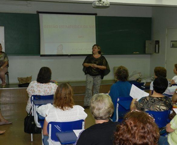 07/08/2013 – Faculdade da Terceira Idade da Fatep tem aula inaugural com Elaine Curiacos