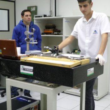 25-05-2016-ALUNOS DE TECNOLOGIA DA QUALIDADE APRIMORAM O APRENDIZADO NA AFERITEC - FOTO 17