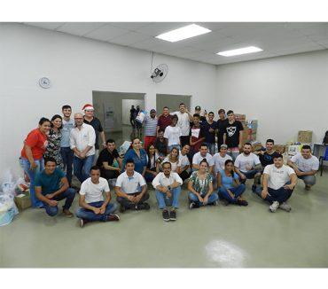 Alunos de Logística da Fatep transformam aula em ação solidária para ajudar entidades