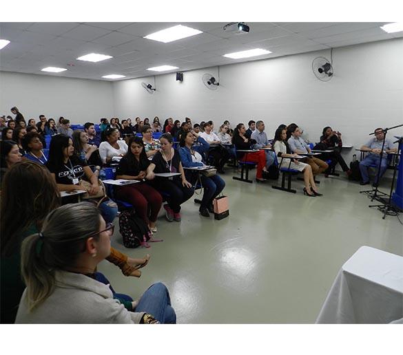 Ciclo de Estudo em RH da Fatep prepara estudantes para o mercado de trabalho