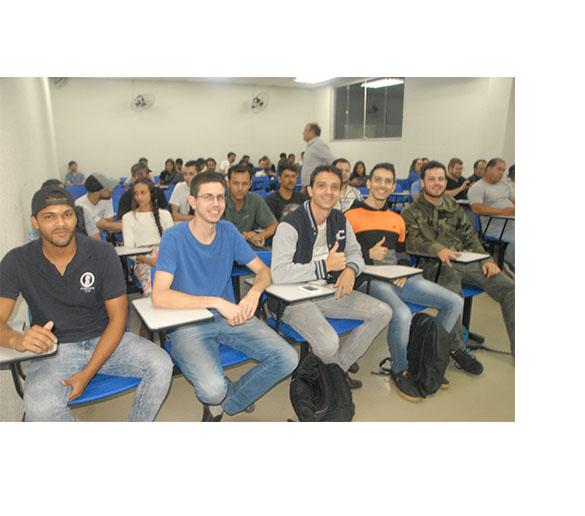 Semana da Engenharia Civil da Fatep mostra diversidade do setor para atuação profissional