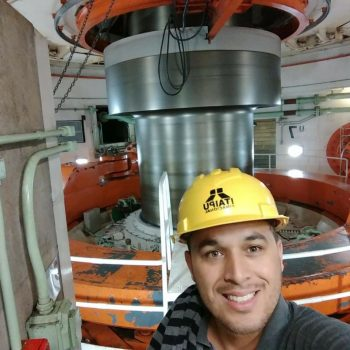 Foto 1 - Abimael Avelino Passos, aluno do 7º semestre de Engenharia Civil da Fatep