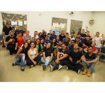 Alunos do curso de Logística da Fatep transformam aula em ação solidária