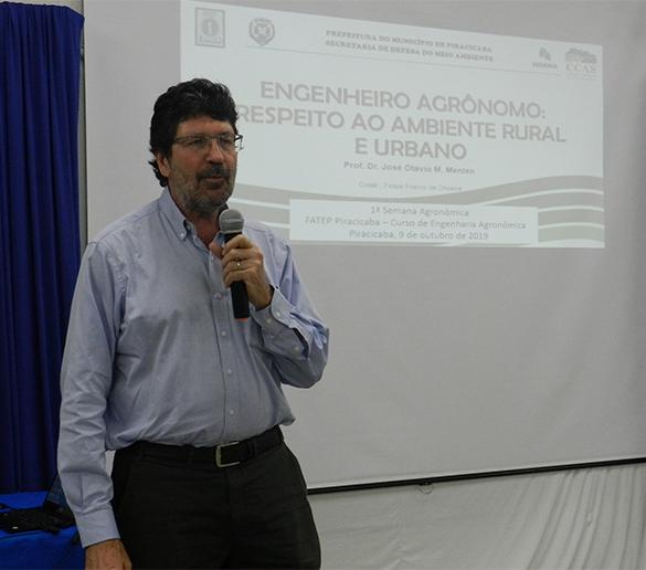 Mentem ministra palestra na Semana de Engenharia Agronômica